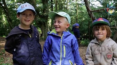 Kinder der KITA Biberbach beim Waldtag